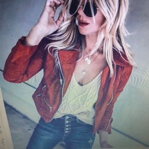 Suede cropped red jacket